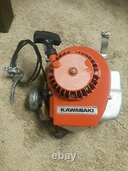 Vintage Kawasaki KT17 2 stroke Single Cylinder Engine OLD STOCK